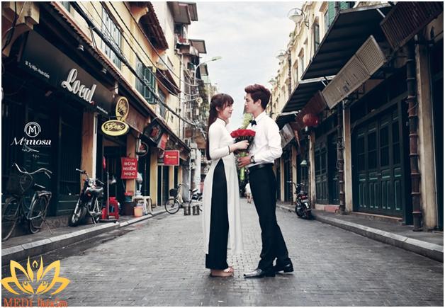 Chụp ánh cưới Hà Nội buổi sáng