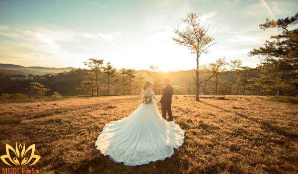 Chụp ảnh cưới ngoại cảnh cần chuẩn bị tinh thần