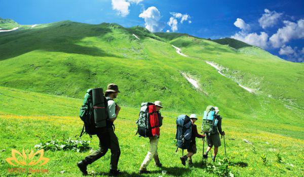 Chuyến trekking cực phê cùng MEDI Thiên Sơn