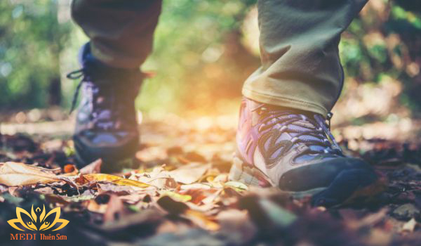 Giày trekking cực phê cùng MEDI Thiên Sơn